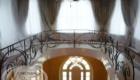 Кованые лестницы на второй этаж в частном доме Краснодар Крым
