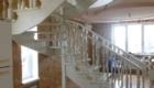 Лестница на косоурах с поворотными ступенями Краснодар Крым