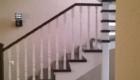 Деревянная лестница на косоурах изготовление лестниц в Краснодаре Крыму