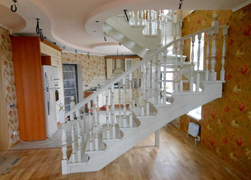 Лестницы на косоурах Краснодар Крым