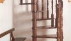 Винтовая лестница на второй этаж в частном доме Краснодар Крым